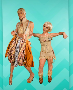 Naomi Smalls and a cast member of Little people of LA: Scarecrow look